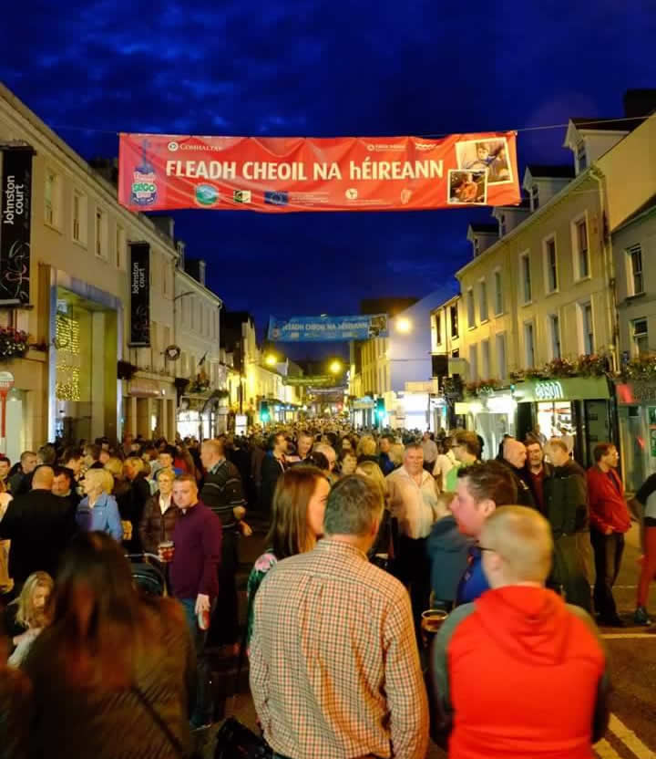 Huge crowds packing the bustling streets of Sligo once again for the Fleadh Cheoil na hEireann.